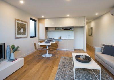 Flinders Oak UV 6